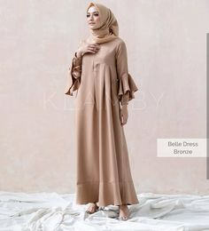 Kode Barang : Bella Dress Bahan : Balotely Harga : Ukuran : All Size F. Hijab Skirt, Hijab Abaya, Hijab Style Dress, Dress Outfits, Dress Up, Modest Dresses, Casual Dresses, Girls Dresses, Abaya Fashion
