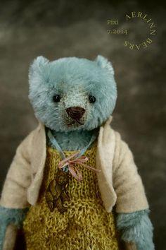 Pixi, OOAK Miniature Mohair Artist Teddy Bear Girl from Aerlinn Bears