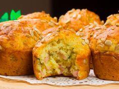 Brioșe aperitiv cu cașcaval și șuncă – sățioase, aromate și foarte delicioase!