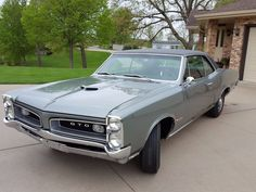 1966 Pontiac GTO #Enclosed #Muscle #Auto #Carrier #Covered #Classic #Car #Hauler #Encased #Vehicle #Transport #Show_Car #Classic_Car #TuesdayThoughts