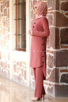 - Gül Kurusu Hazen İkili Takım - AHU13373 Modest Fashion Hijab, Modern Hijab Fashion, Muslim Women Fashion, Modesty Fashion, Latest African Fashion Dresses, Islamic Fashion, Fashion Outfits, Ankara Fashion, Designer Party Wear Dresses
