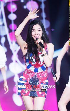 [HD포토] 소녀시대(SNSD) 티파니, 무대를 밝히는 미소…'예뻐' (더 쇼)