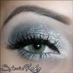 Silvery-white eyeshadow with black mascara--shimmery and fairy-like! - - Silvery-white eyeshadow with black mascara–shimmery and fairy-like! Make-up Silvery-white eyeshadow with black mascara–shimmery and fairy-like! White Eye Makeup, Silver Eye Makeup, Silver Eyeshadow, Makeup For Green Eyes, Eyeshadow Makeup, Make Up Looks, Looks Cool, Angel Makeup, Fairy Makeup