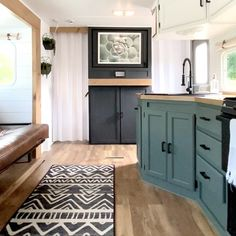 Caravan Interior Makeover, Rv Interior, Camper Makeover, Camper Renovation, Camper Life, Rv Life, Tiny House Living, Rv Living, Campfire Fun
