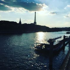 Comme un dimanche...Tellement Beau... #happysunday #sun #sunny #paris
