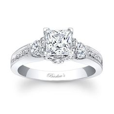 Princess Cut Engagement Ring. I'd die for anything similar. This is so shiney!!