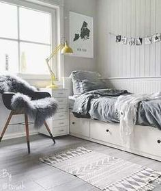 Teenage room decor, bedroom decor teen, cute teen bedrooms, teen be Master Bedroom Interior, Small Room Bedroom, Room Ideas Bedroom, Bedroom Themes, Cozy Bedroom, Bedroom Furniture, Small Rooms, Kids Furniture, House Furniture