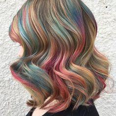🍭Muted Lollipop 🍭 Pulp Riot Hair @brazilianbondbuilder • • • • #behindthechair #behindthechair #btconeshot_vibrant17 #btconeshot_hairpaint17 #btconeshot_wavesandcurls17 #btconeshot_creativecolor16 #btconeshot_unconventionalcolor17