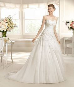 MERLIN » Wedding Dresses » 2013 Glamour Collection » La Sposa