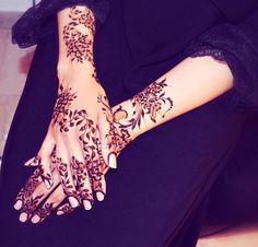 Gorgeous arabic HENNA love it