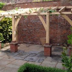 bespoke oak garden buildings, structures and rustic furniture | English oak designs