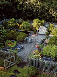Potager Garden could send many mornings walking this garden with coffee in hand - Such a pretty cottage garden. Fenced Vegetable Garden, Vegetable Garden Planner, Raised Vegetable Gardens, Potager Garden, Vegetable Garden Design, Garden Fencing, Garden Beds, Garden Landscaping, Vegetables Garden