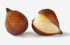 Salak adalah buah yang banyak dijadikan berbagai jenis makanan olahan. Masyarakat Indonesia umumnya menjadikan salak sebagai  manisan, asinan, dikalengkan, atau dikemas sebagai keripik salak. Salak yang muda digunakan untuk bahan rujak. Nah, jika Anda penggemar makanan olahan salak, apakah Anda tahu apa saja manfaat buah salak untuk kesehatan tubuh Anda?