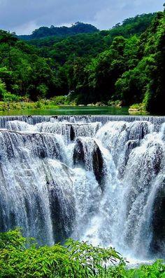 Shifen Waterfall