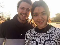 Turkish Women Beautiful, Turkish Beauty, Beautiful Actresses, Beautiful Celebrities, Western Girl, Cute Love Couple, Hande Ercel, Handsome Actors, Asia Girl