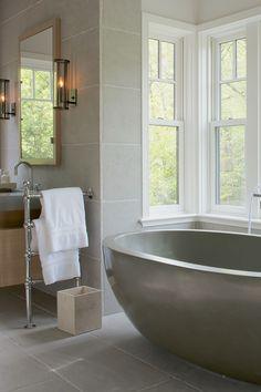 Eclectic Bathroom, Modern Bathrooms, Bathroom Styling, Grey Floor Tiles, Grey Flooring, Craftsman Style Bathrooms, Free Standing Towel Rack, Stand Alone Tub, Minimalist Bathroom Design