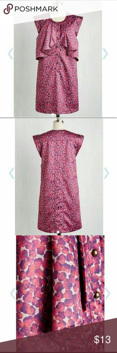 Dear Creatures- Focus of Locus Dress Size XL. NWT. Waist is 22.5 flat (has give up to 24), bust is 21 flat. Overall length is 36. Has pockets. Cute front button detail. ModCloth Dresses