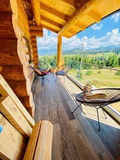 Aici e raiul pe pământ. Top 7 pensiuni de poveste, pentru un Crăciun magic în România Smell Of Rain, Carpathian Mountains, Black Sea, Love People, The Fresh, Summer Days, Pergola, Outdoor Structures, Travel