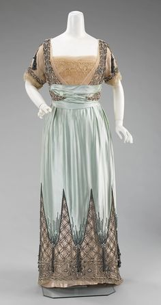 Worth, evening gown, 1910-14.