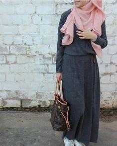 hijab is elegant Islamic Fashion, Muslim Fashion, Modest Fashion, Fashion Outfits, Abaya Mode, Mode Hijab, Instagram Mode, Instagram Fashion, Muslim Dress