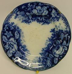 Talíř Nowotny. Delft, Plates, Artwork, Blue, Licence Plates, Dishes, Work Of Art, Auguste Rodin Artwork, Plate