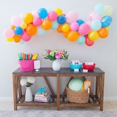 Rainbow balloons + flowers make for a fun party! Oh, and you'll flip out over this entire party and the cool photo booth too. Peppa Pig, Rainbow Balloons, Balloon Flowers, Happy Eid, Diy Party, Party Ideas, Project Nursery, Little Miss, Best Part Of Me