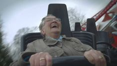 78-year-old grandma rides a roller coaster for the first time in her life