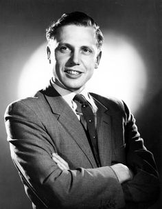 A young Sir David Attenborough David Attenborough Young, Leg Sleeves, Charming Man, People Of Interest, Kinds Of People, Famous Faces, Male Beauty, Role Models, Comedians