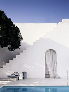 Stairs in courtyard to rooftop terrace. Seating nook under (see other pin) Morocco You cannot have stairs like this in the United States.therefore I will only build houses elsewhere Exterior Design, Interior And Exterior, Interior Modern, Outdoor Spaces, Outdoor Living, Outdoor Pool, Mediterranean Style, Stairways, The Places Youll Go