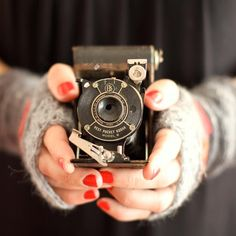 I have an old camera like this.