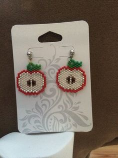 Tasty apples-beaded earrings
