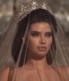 Queen, lana del rey, and beauty-bilde Pretty People, Beautiful People, Beautiful Images, Boujee Aesthetic, Glitz And Glam, Goth Glam, Fascinator, Dream Wedding, Wedding Beauty
