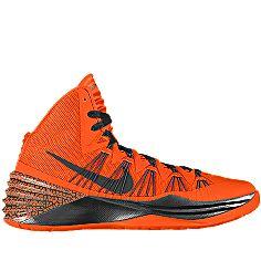NIKEiD is custom making this Nike Hyperdunk 2013 iD Kids' Basketball Shoe (3.5y-6y) for me. Can't wait to wear them! #MYNIKEiDS