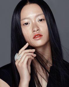 Photography: RUO BING LI Makeup and Hair: JODI URICHUK @ Plutino Group using Charlotte Tilbury/ Kevin. Murphy Stylist: ALICIA SIMPSON @ Plutino Group Nail: LEEANNE COLLEY @ P1M Model: JULEE H. @ Elite Model