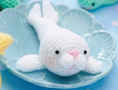 Amigurumi seal and mouse