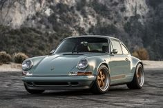 singer-porsche-911-mountain-view-4