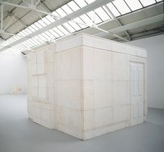 """Rachel Whiteread Ghost 1990 Plaster on steel frame 269 x 355.5 x 317.5 cm  106 x 140 x 125"""" Exhibited at the Saatchi Gallery"""