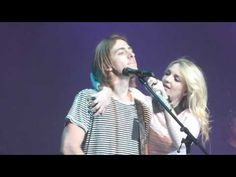 R5-Love Me Like That