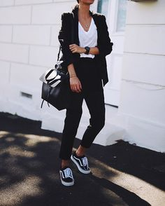 Suit it up! // @leemathewsau pants, @currentelliott tee, @vans shoes & #mansurgavriel bag✔️