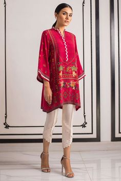 A classic digital printed kurta with clean lines is a wardrobe staple. Pair yours with beautiful Raw silk pants with lace detailing for maximum impact. *Raw silk pants with lace detailing to be sold separately. Stylish Dress Book, Stylish Dresses, Casual Dresses, Dress Neck Designs, Designs For Dresses, Pakistani Dresses Casual, Silk Pants, Indian Designer Wear, Sleeve Styles