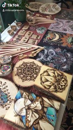 Wood Burning Stencils, Wood Burning Crafts, Wood Burning Patterns, Wood Burning Art, Resin Crafts, Wood Crafts, Diy Crafts, Wood Burning Techniques, Wood Burn Designs