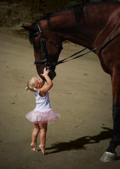 I LOVE LOVE LOVE this! I miss horses. I have my baby girl now I need my horse!