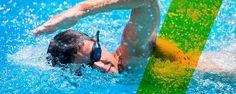 Desde Cosmopolitan Alicante te animamos a que incluyas la natación en tu práctica deportiva diaria. ¡Tu cuerpo lo agradecerá! La capacidad natural de flotar en el agua te ayuda a evitar los inevitables golpes que pueden provocar lesiones. La natación es la actividad de resistencia por excelencia, puesto que te obliga a moverte continuamente, tanto si avanzas como si te quedas suspendido en el agua, estás en continuo movimiento.