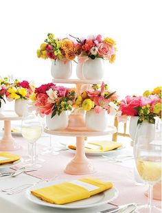 Florals♥ Centerpiece Ideas...would be great to give away each small one after wedding or baby shower to honored guests!