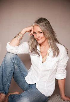 Sem botox, americana é modelo aos 60 anos | Plox