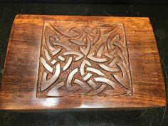Triquetra Carved in legno  6 x 4  confezione di NewMoonBeginnings