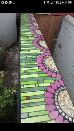 best ideas for garden art diy ideas glass flowers Mosaic Garden Art, Mosaic Wall Art, Mirror Mosaic, Mosaic Diy, Mosaic Crafts, Mosaic Projects, Stained Glass Projects, Mosaic Glass, Mosaic Tiles
