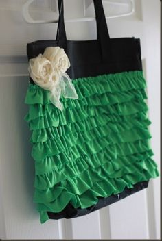 Ugly conference tote renewed with ruffles made from old tee | Roadkill Rescue