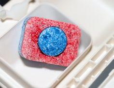 Geschirrspültabs mit in die Waschmaschine