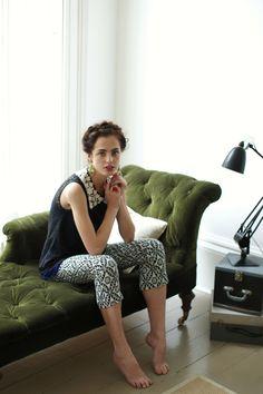 Green velvet chaise...yes, please! #anthropologie